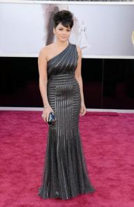 img-486559-red-carpet-oscar20130225021361769595
